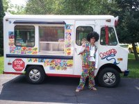 Oogie's Ice Cream ~ Follow Us To Fun!
